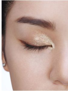 How To Apply Eye Makeup At Home