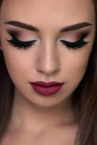 Prom Hairstyles And Makeup Ideas