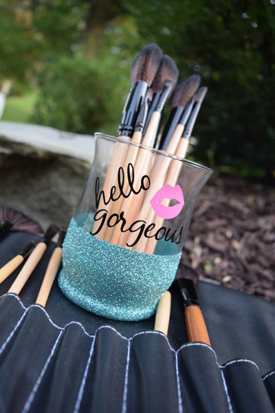 A List Of Makeup Brushes And Their Uses