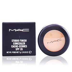 MAC Studio Finish SPF 35 Concealer NC30